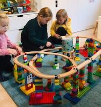 Kapital til vækst af legetøjsbrand med int. distributio